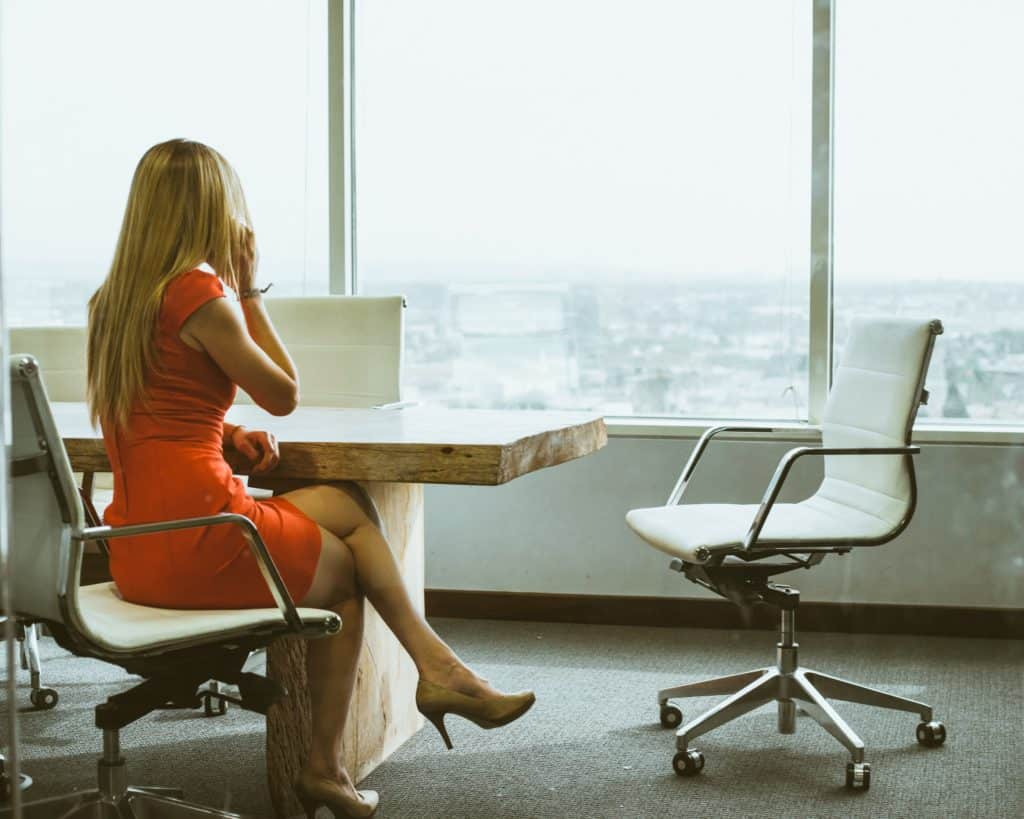 the-top-10-reasons-you-should-never-date-a-co-worker